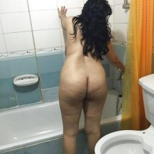 Horny Indian Aunty Nude Changing Bra 11