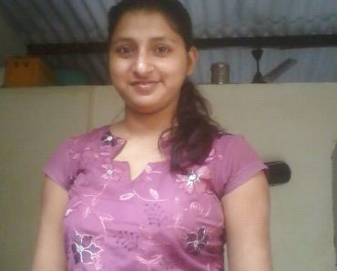 Young Sexy Slim Indian College Girl Sadaf Nude
