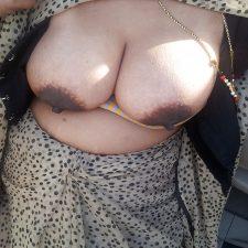 Aromatic Indian Bhabhi Sex Nude XXX Pics 3