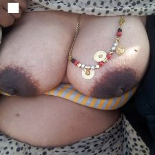 Aromatic Indian Bhabhi Sex Nude XXX Pics 8