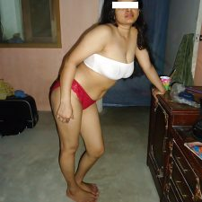 Sarita Sexy Indian Aunty Full Nude Photos 6