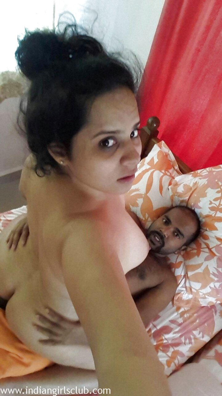 Nude indian wife having sex