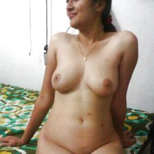 Newly Married Bhabhi Honeymoon Sex Photos