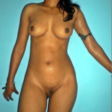 Indian Bhabhi Nude Porn Pictures