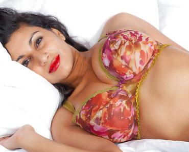 Big Tits Indian Porn Babe Dakini Nude