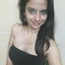 Hot Desi Babe Taking Her Nude Self Photos