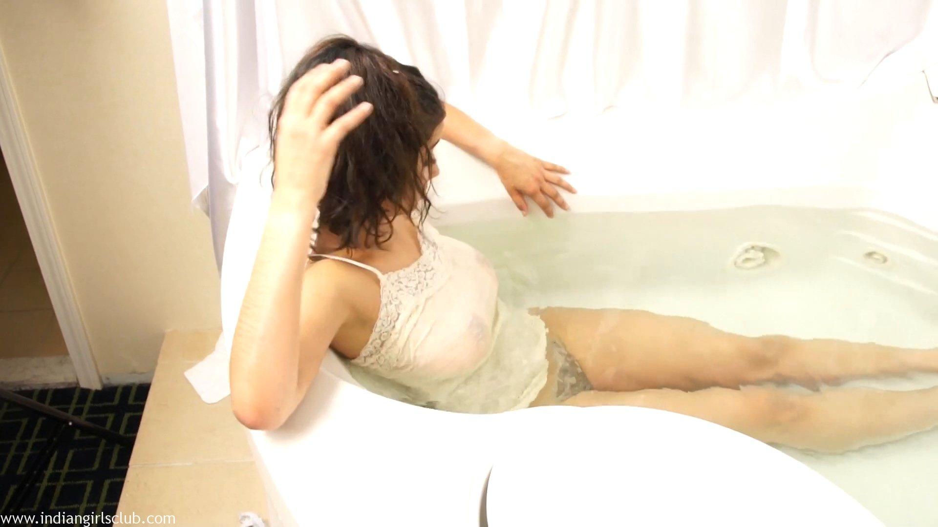 Bollywood Indian Babe Shanaya Nude Sex Photos Indian Girls Club