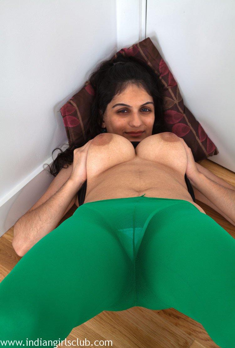 Nude Punjab pics housewife