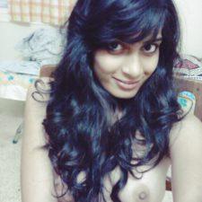 Solo Indian Amateur Babe Neelima Soft Juicy Tits