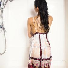 Indian Porn Beautiful Babe Shanaya Taking Shower