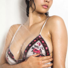 Indian Porn Beautiful Babe Shanaya Taking Shower