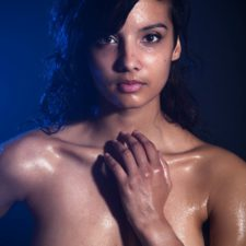 Indian XXX Photos Nude Indian Girl Shanaya Oily Boobs 3