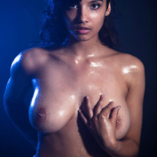 Indian XXX Photos Nude Indian Girl Shanaya Oily Boobs 18
