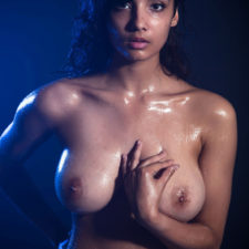 Indian XXX Photos Nude Indian Girl Shanaya Oily Boobs 17