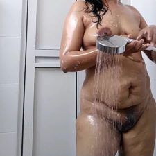 Unseen Indian Sex Horny MILF Bhabhi Shower