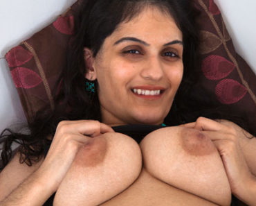 Hairy Indian Pussy Punjabi Bhabhi Striptease