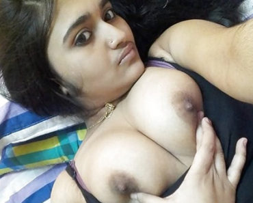 Naked Indian College Girl Uma Bharti Boobs