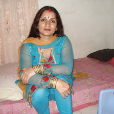 Indian Bhabhi Padma Erotic Bedroom Photos