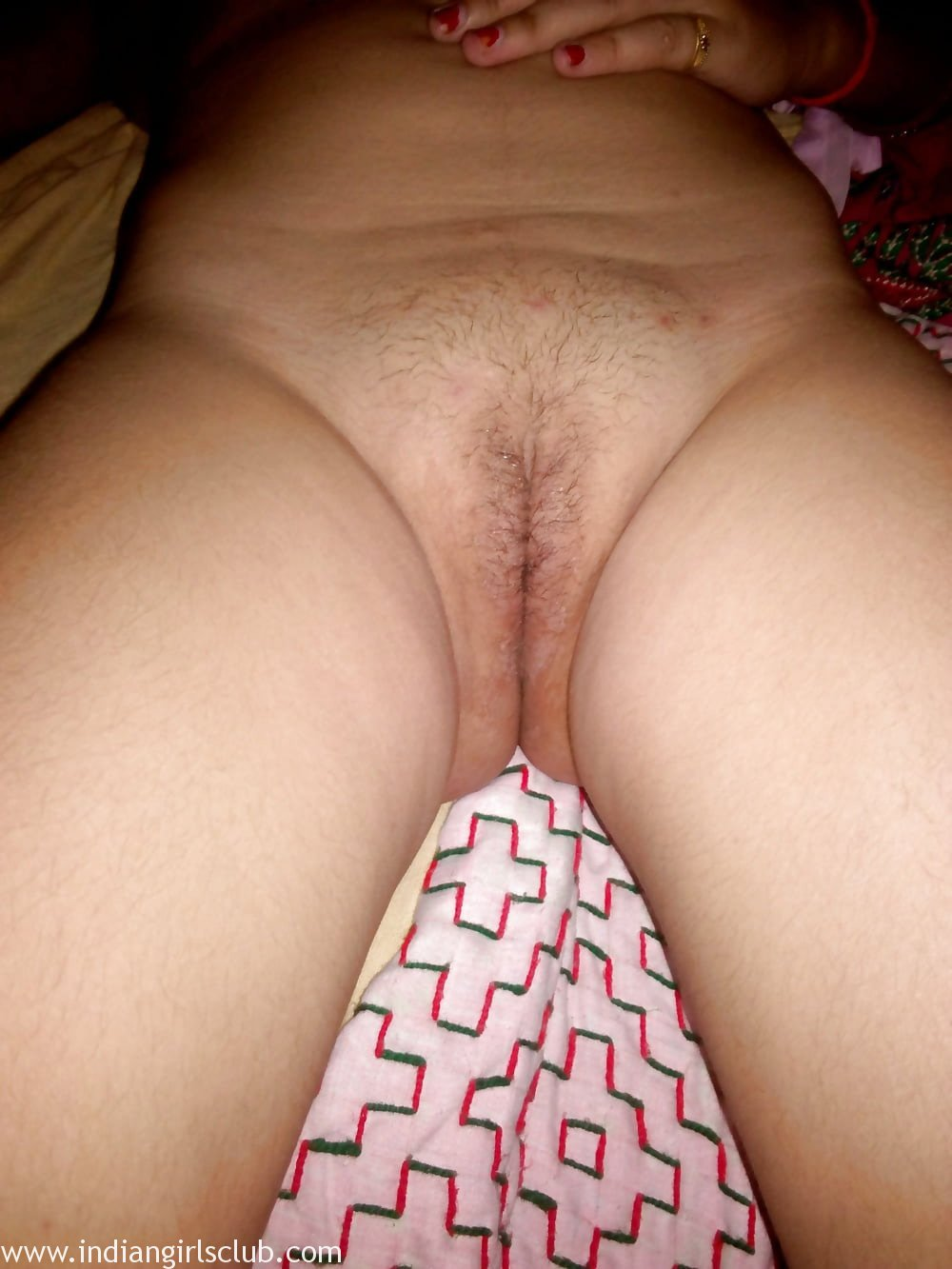 young naked indian bhabhi