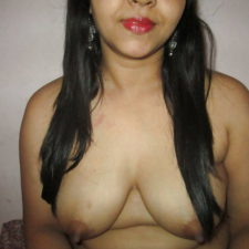 Hindi Pussy of Sexy Indian Bhabhi Fucked and Blowjob
