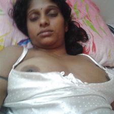 Juicy Indian Aunty Sleeping Naked Big Boobs Exposed
