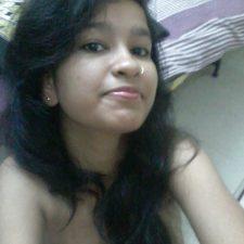 Seductive Indian College Girl Nude Selfie Porn