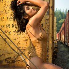 Nude Indian Girl Sex Posing Outdoor