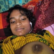 Unseen Indian Teen Porn Showing Natural Desi Tits