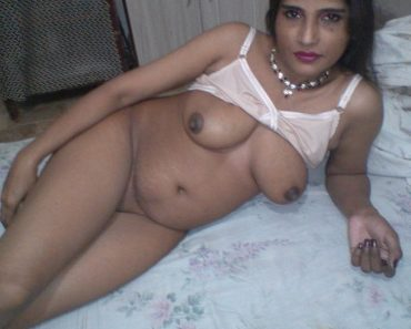 Amateur Indian Whore Giving Escort Service