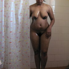 Solo Indian MILF Porn Videos In Shower