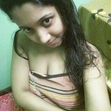 Cute Indian Teen Rashmi In Bathroom Full Naked