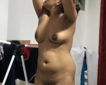 Indian Cute Little Teen Filmed Naked Taking Shower
